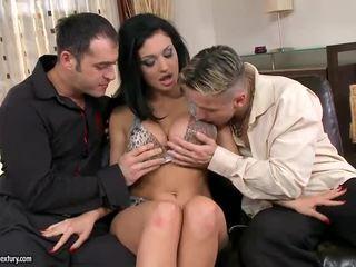hardcore sex, двойно проникване, онлайн групов секс всички