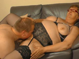 XXX Omas - Amateur German Granny Takes Cock and Cum on