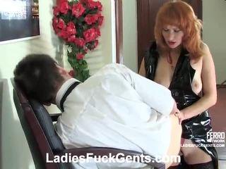 Segama kohta strapon seks porno koos irene, connor, nora