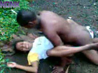 Kimainen musta pari helvetin ulkona yksityinen video-