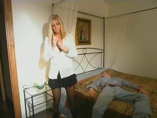 blondes, moms ja boys, hardcore