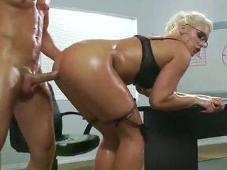 офис секс, сексапилен, първо анален