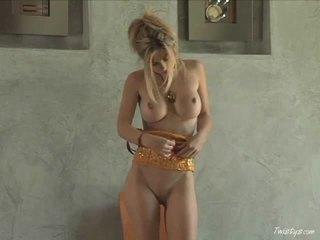 Doing ella para la equipo sexo película