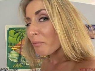 Wichse eating blond abby überqueren gefickt im throat