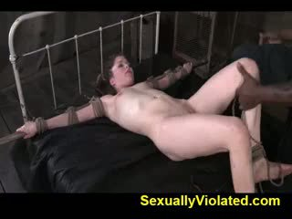 Jessi gets owned podle ten inches na kohout 2