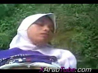 Recorded セックス tape とともに 角質 hijab