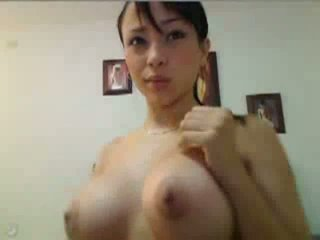 Asian honey puts on a fascinating show Video