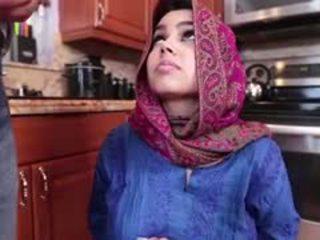 一 熱 arab 青少年 gets filled 同 cream