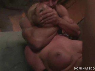 女孩 gets 处罚 和 性交 粗