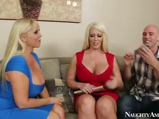Karen fisher و alura jenson sharing ل كوك