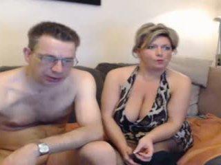Vroče mama in njihovo boyfriend pt 2