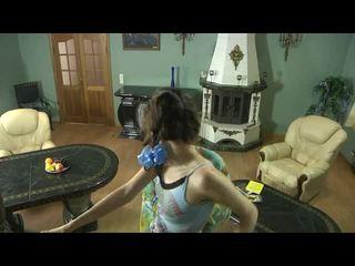 Përzierje i video nga vajzat për matures