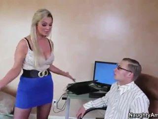 todellinen bigtits suuri, suullinen hq, blondi verkossa