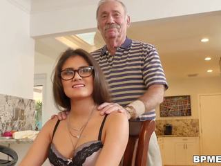Teen Jeleana Marie Sucks and Fucks Old Men: Free HD Porn ef