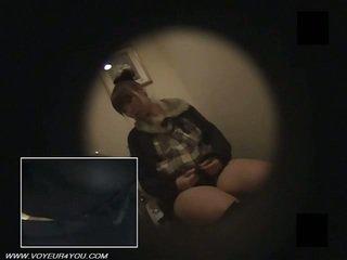 Японки офис жени тоалетна masturbate