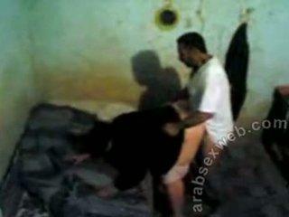 Arab zkurvenej chycený podle voyeur-asw466