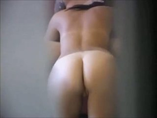 Morena nena en real oculto cámara