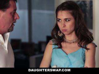Papás swap y joder daughters en prom noche