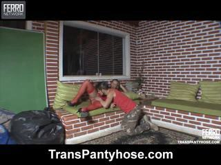 Mescolare di video da trans collant