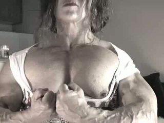 Legnagyobb csikló bodybuilder hölgy