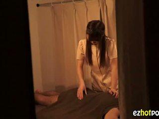 Ezhotporn.com - sīka auguma japanaese palaistuve looks par sekss