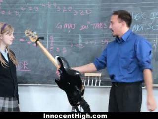 Innocenthigh- ładniutka ruda fucks jej nauczycielka <span class=duration>- 12 min</span>