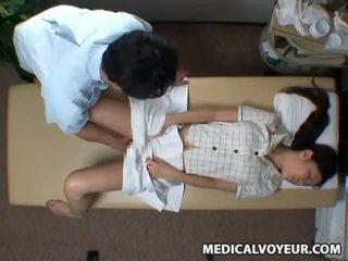 Spycam reluctant žmona seduced iki masseur