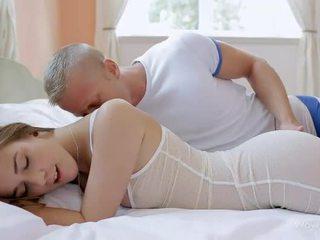 drilling remaja pussy bagus, oral seks, memeriksa mengisap cock bagus