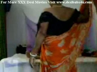 Indiane fshat aunty qirje me nieghbour peon