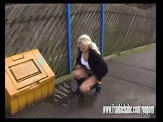 ciudat, pee, urina