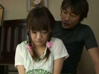 Japonesa av modelo bonita asiática miúda