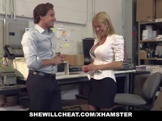 Shewillcheat - vollbusig milf boss fucks neu employee: porno ab