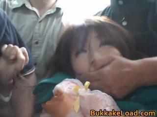 Babes misbruikt onto de bus