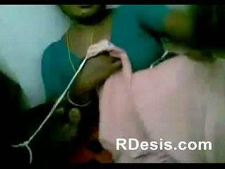 Chennai indiana sexy empregada jogar com houseowner