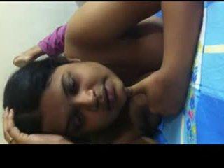 Desi bangla gal sharing ji sexperience