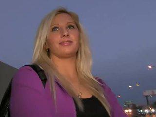 Blondi amatööri sabina pounded sisään julkinen