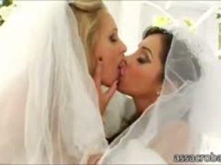 Bootylicious brides francesca le und julia ann anal pounded
