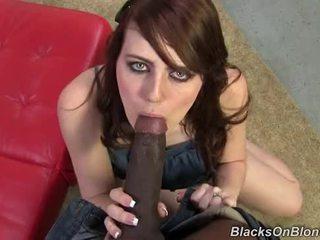Emma Ash vs Mandingo Huge Black Dick