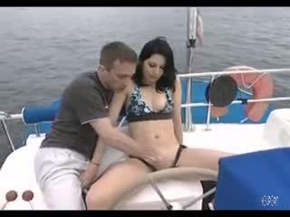 Deres på en båt - java productions