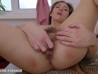brunetta, masturbarsi, canzonatura