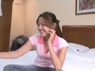 Filipina virgin gets deflowered sur camera par perverti