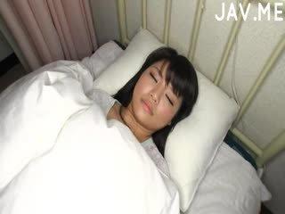 japonec, velká prsa, cumshot