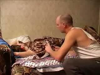 Matang ibu dan ayah sexing (amateur milf )