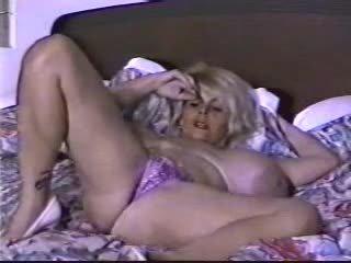 big boobs, masturbação, amador