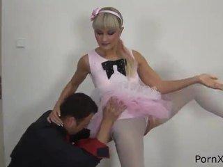 Freaky ballet dancer anita has vyrobený láska wazoo během the rehearsal