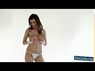 striptease, brunete