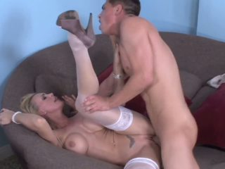 Dirty MOM!Stroke,deep suck,swallow and fuck