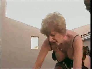 Gjysh tasting bbc: falas moshë e pjekur porno video 65