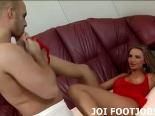If you suck my toes I will reward you with a footjob