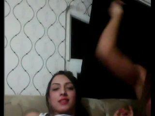 Turca tgirls jugando con cada otro en cámara